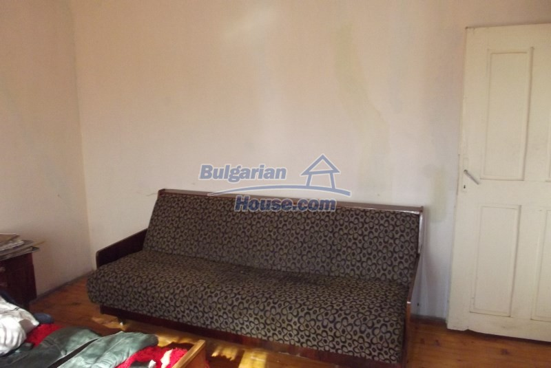 12819:31 - Bulgarian house in good livable condition Vratsa region