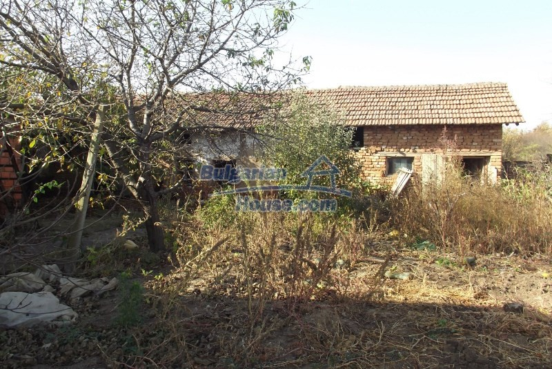 12819:36 - Bulgarian house in good livable condition Vratsa region
