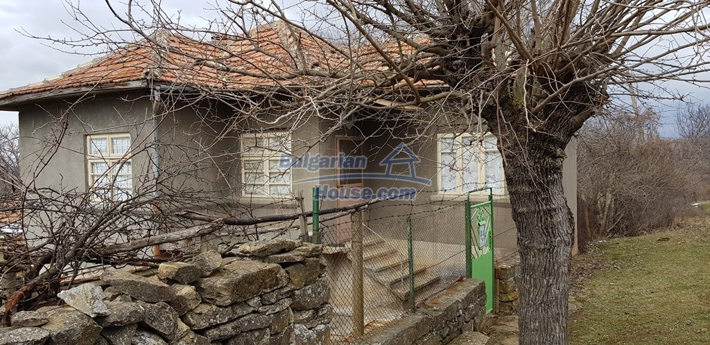 12823:2 - Cheap Bulgarian house with garden 5000sq.m next to lake