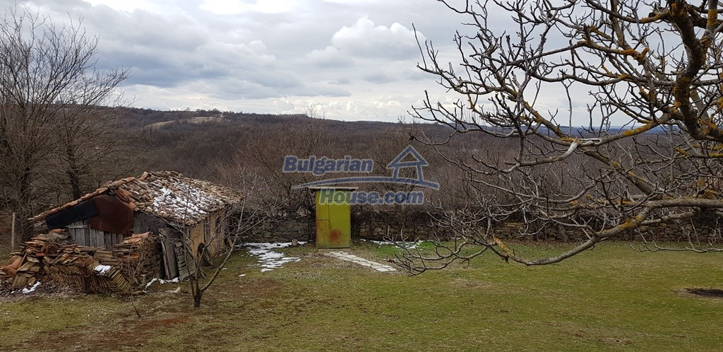 12823:9 - Cheap Bulgarian house with garden 5000sq.m next to lake