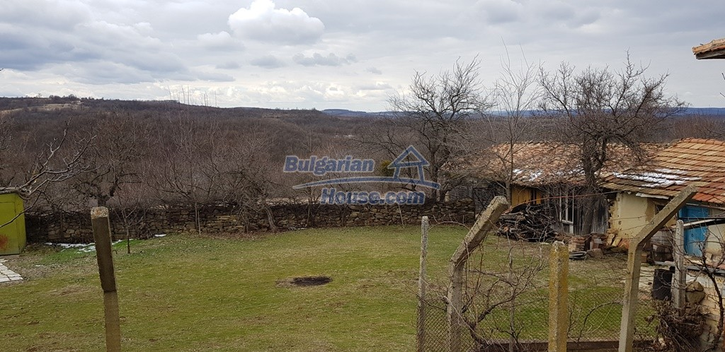 12823:6 - Cheap Bulgarian house with garden 5000sq.m next to lake