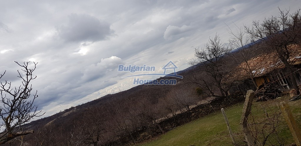 12823:20 - Cheap Bulgarian house with garden 5000sq.m next to lake