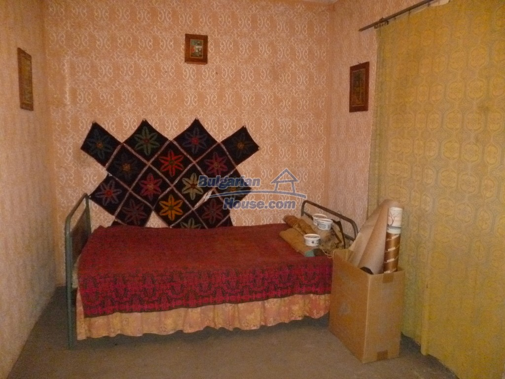 12827:27 - Home offering peaceful and relaxation only 5km from Mezdra