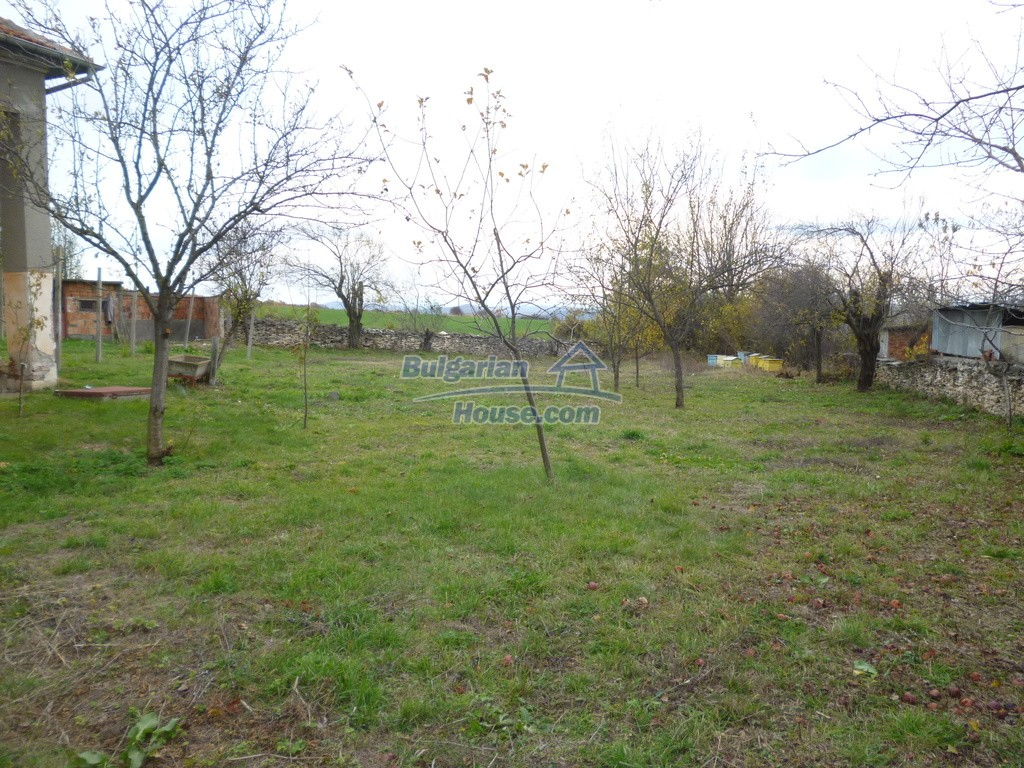12827:36 - Home offering peaceful and relaxation only 5km from Mezdra