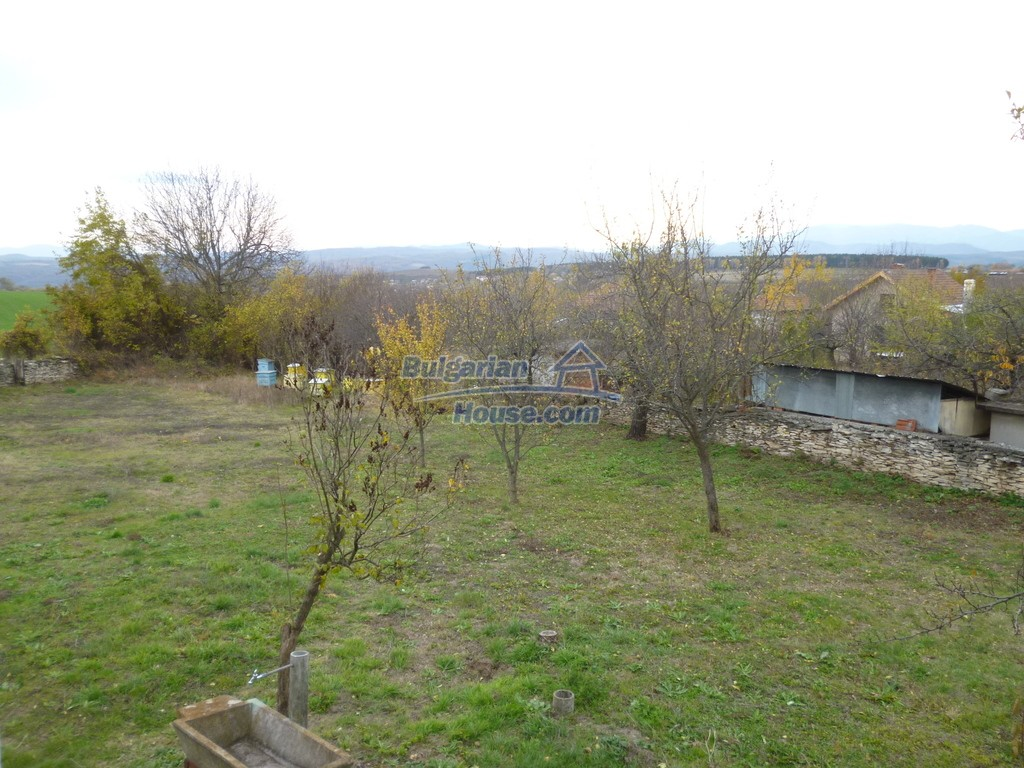 12827:37 - Home offering peaceful and relaxation only 5km from Mezdra