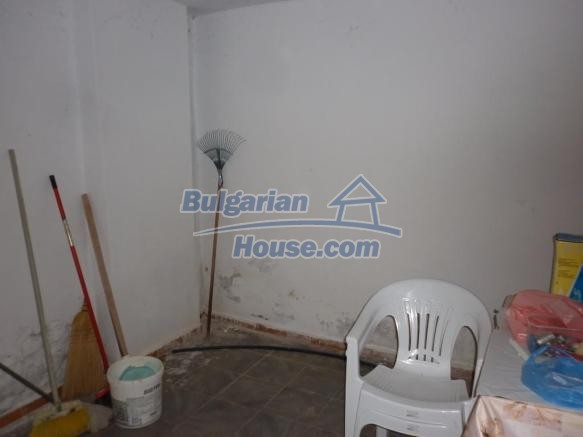 12828:15 - Renovated Bulgarian home for sale 25 km from Vratsa 139 to Sofia