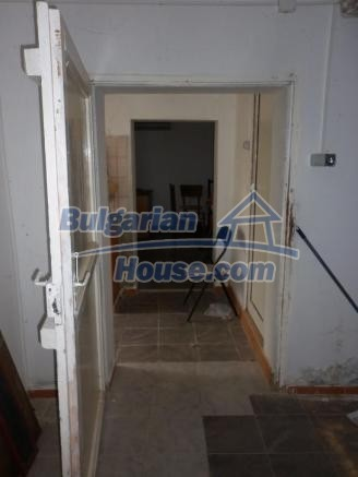 12828:16 - Renovated Bulgarian home for sale 25 km from Vratsa 139 to Sofia