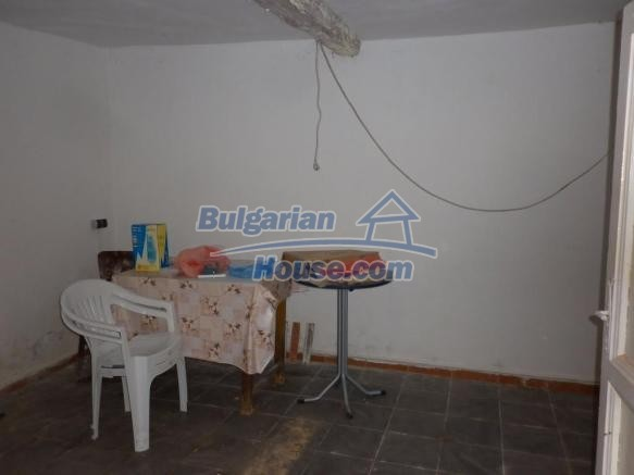 12828:14 - Renovated Bulgarian home for sale 25 km from Vratsa 139 to Sofia