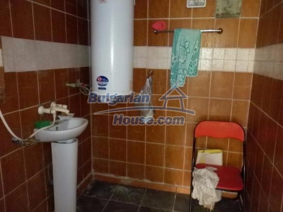 12828:18 - Renovated Bulgarian home for sale 25 km from Vratsa 139 to Sofia