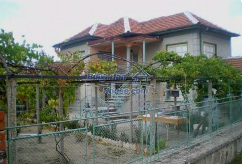 12829:2 - Lovely Bulgarian house for sale near lake Stara Zagora region