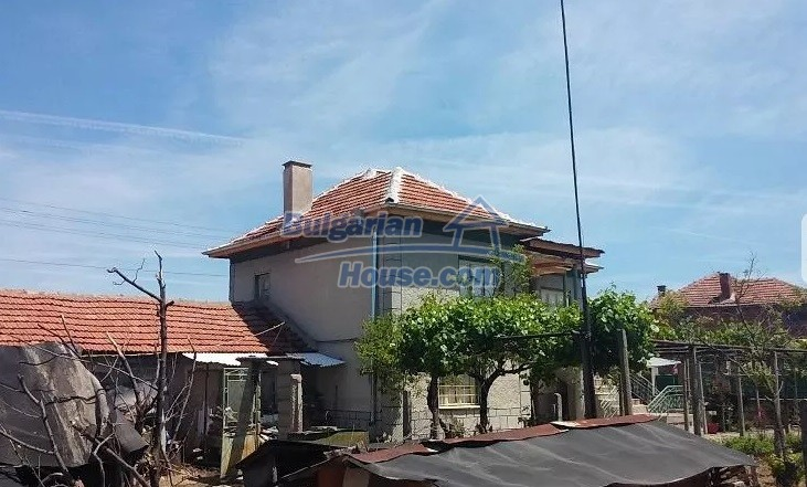 12829:3 - Lovely Bulgarian house for sale near lake Stara Zagora region