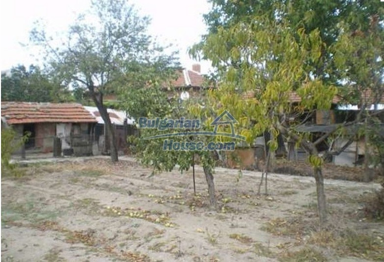 12829:12 - Lovely Bulgarian house for sale near lake Stara Zagora region
