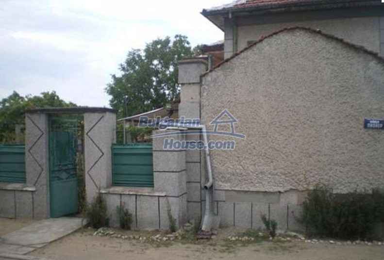12829:11 - Lovely Bulgarian house for sale near lake Stara Zagora region
