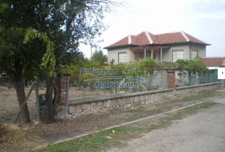 12829:17 - Lovely Bulgarian house for sale near lake Stara Zagora region