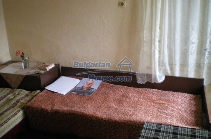 12829:29 - Lovely Bulgarian house for sale near lake Stara Zagora region