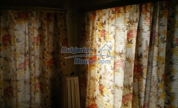 12829:23 - Lovely Bulgarian house for sale near lake Stara Zagora region