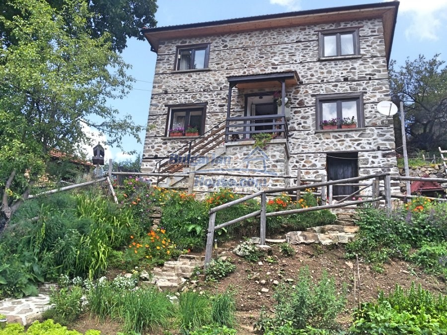 12832:1 - Traditional Bulgarian property in Rhodope Mountains- Smolyan