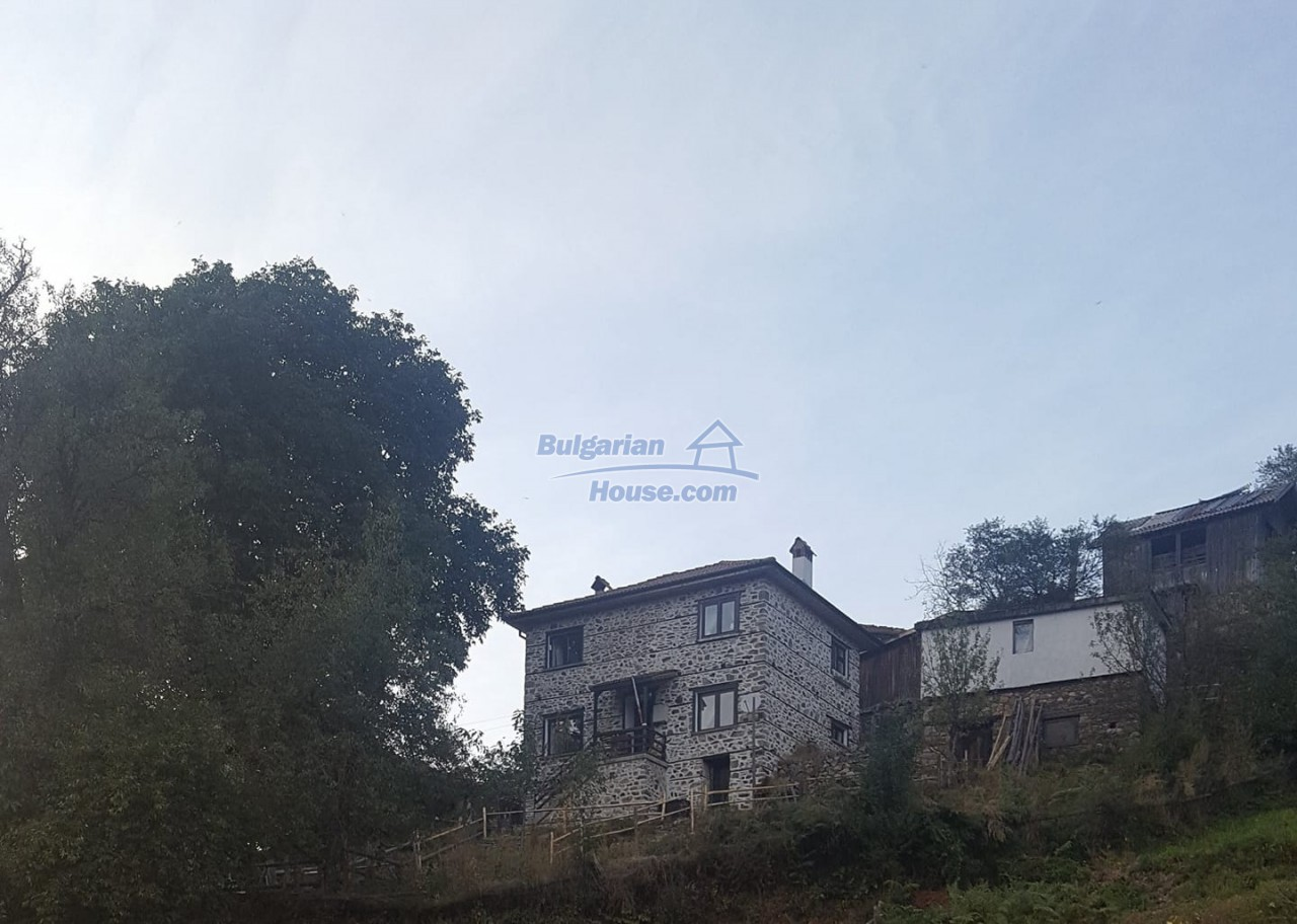 12832:18 - Traditional Bulgarian property in Rhodope Mountains- Smolyan
