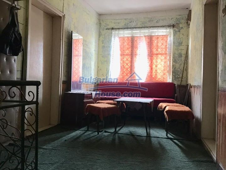 12839:5 - Bulgarian house near mountains and lakes 54km Plovdiv