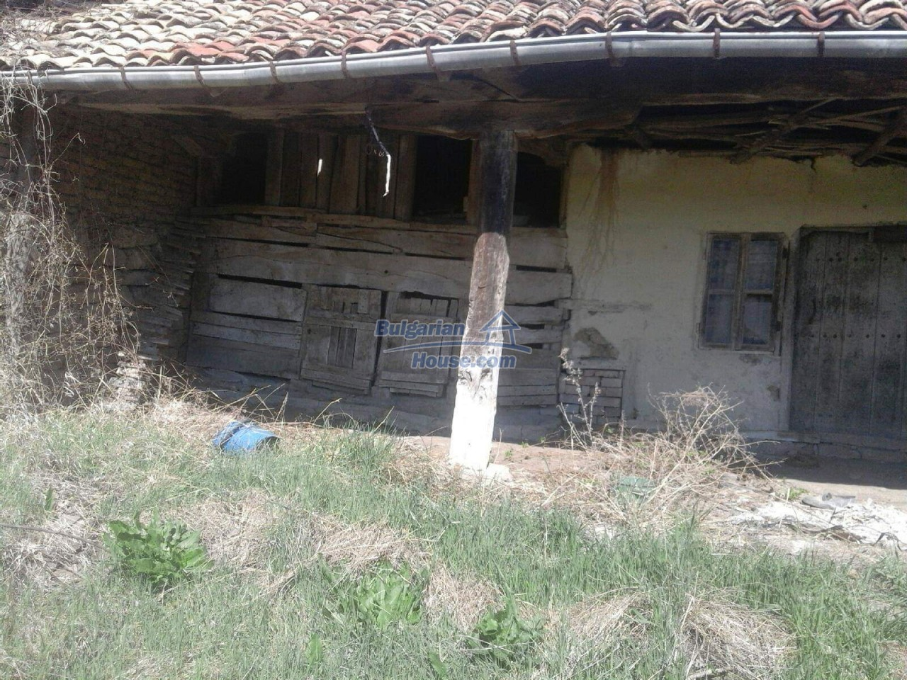 12840:6 - Extremely cheap Bulgarian property for sale near lake