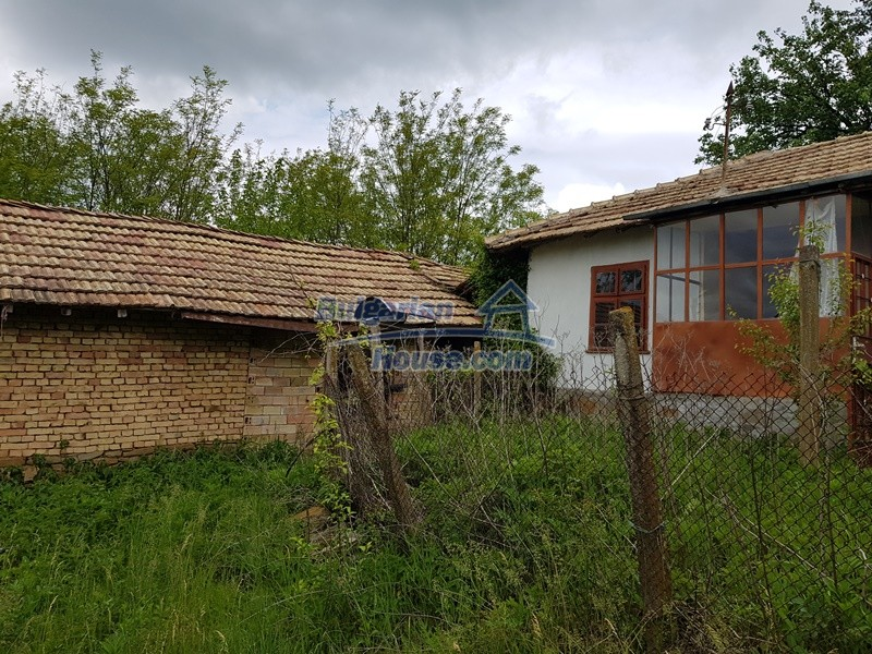 12848:8 - Extremely cheap Bulgarian house for sale near Yastrebino lake