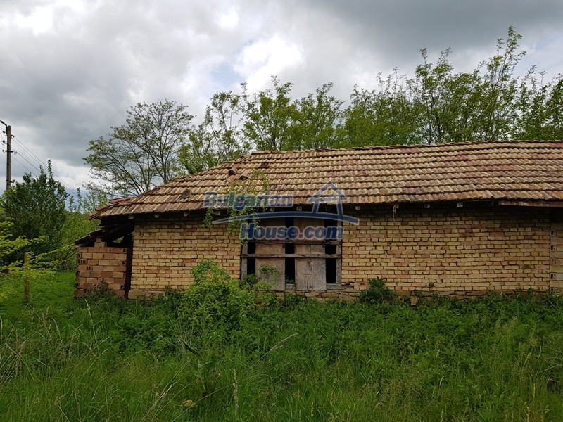12848:9 - Extremely cheap Bulgarian house for sale near Yastrebino lake