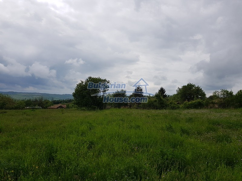 12848:16 - Extremely cheap Bulgarian house for sale near Yastrebino lake