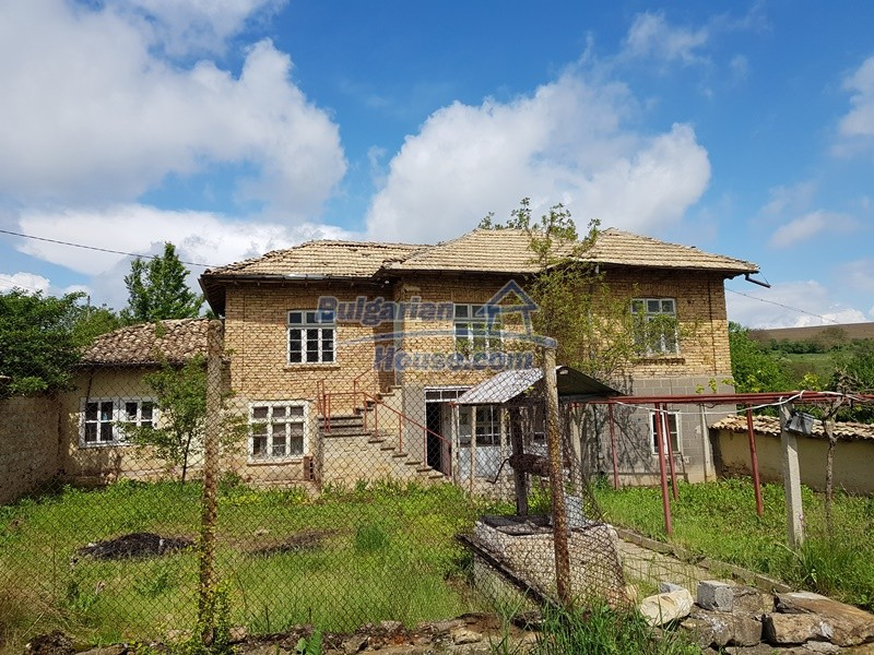 12847:2 - Cheap Bulgarian house near lake and with big garden Popovo area