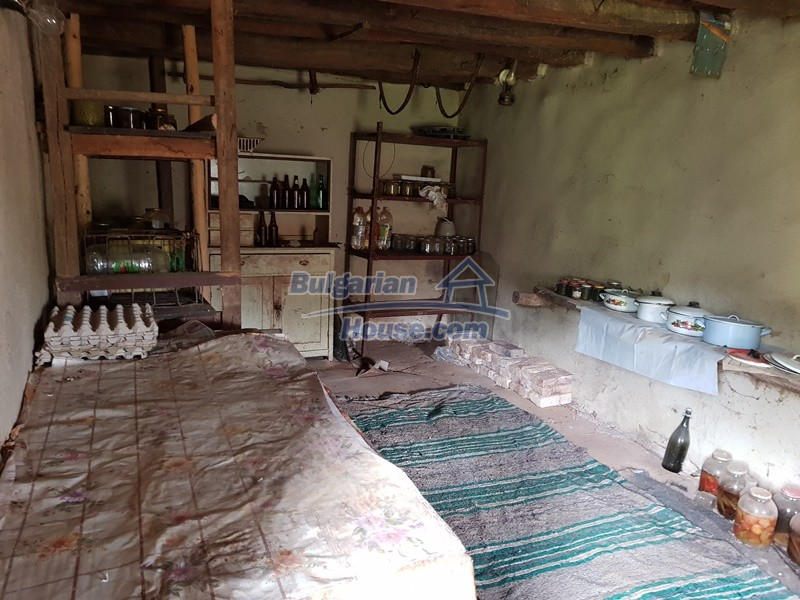 12847:8 - Cheap Bulgarian house near lake and with big garden Popovo area