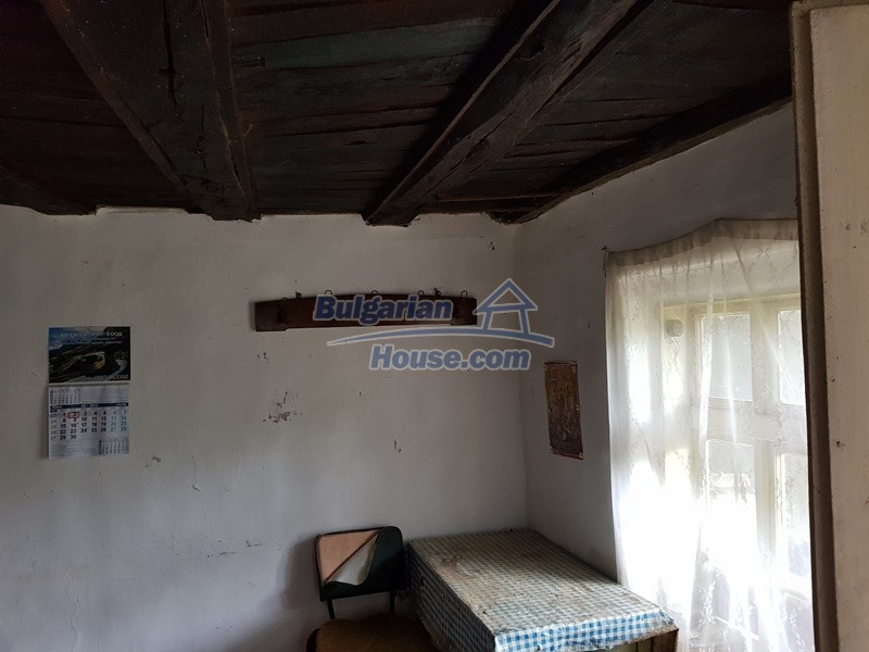 12847:14 - Cheap Bulgarian house near lake and with big garden Popovo area