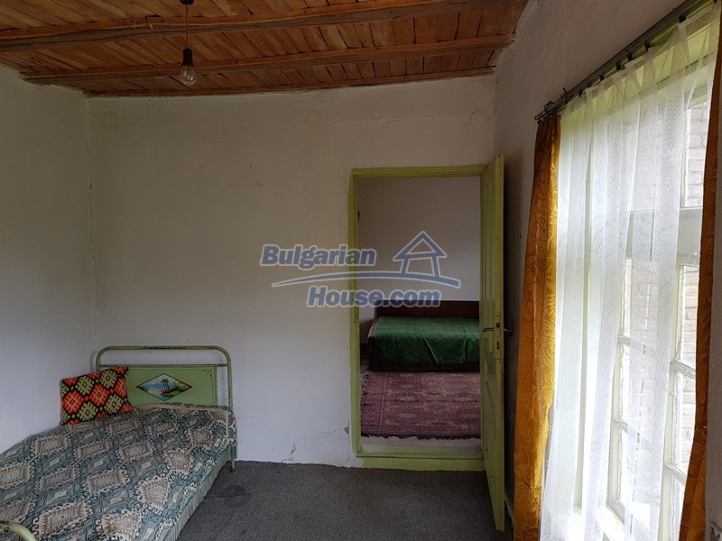 12847:24 - Cheap Bulgarian house near lake and with big garden Popovo area