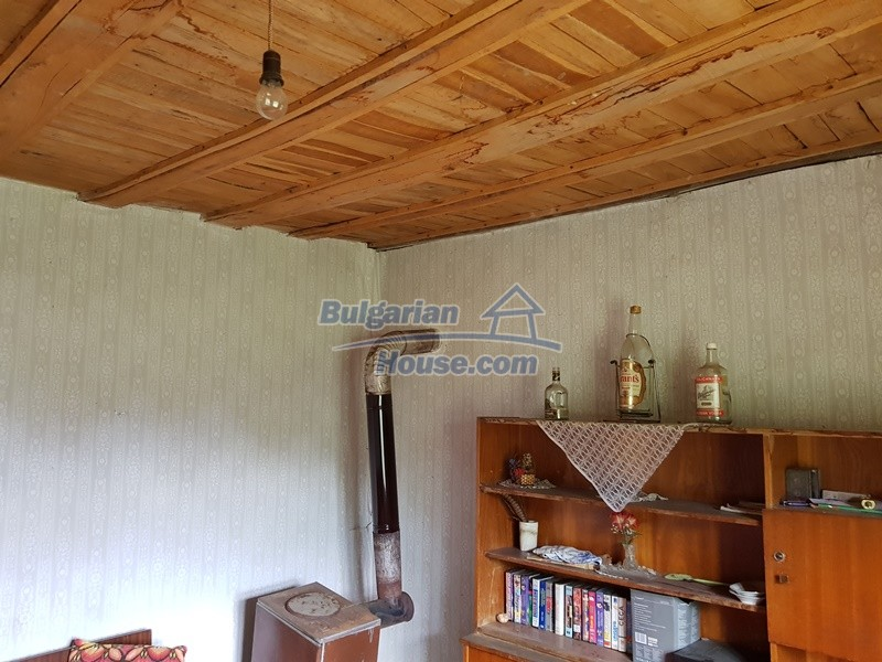 12847:27 - Cheap Bulgarian house near lake and with big garden Popovo area