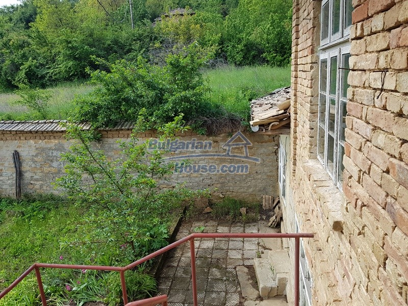 12847:33 - Cheap Bulgarian house near lake and with big garden Popovo area