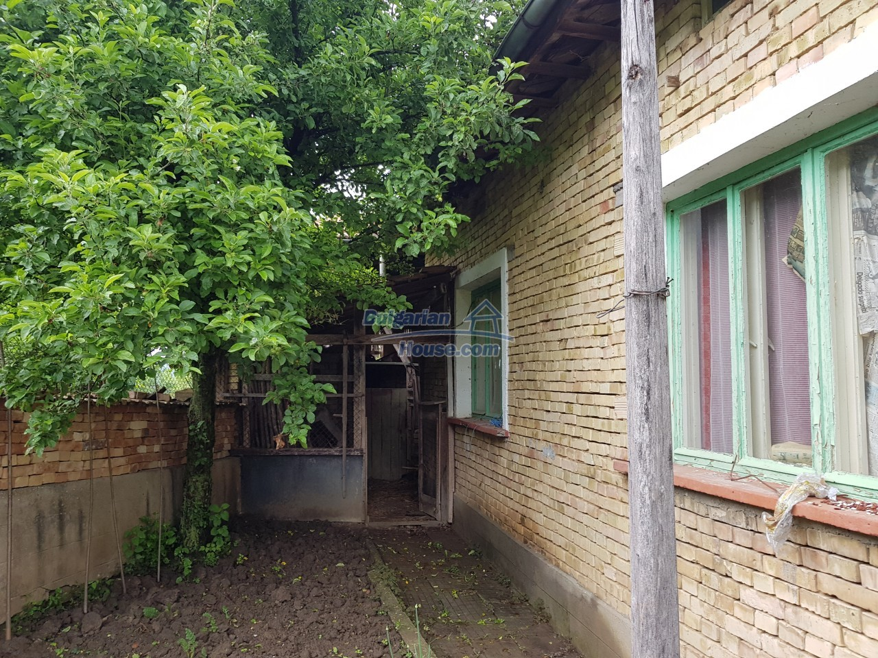 12851:53 - MARVELLOUS VIEWS, garden 8000 sq.m, two houses, farm buildings