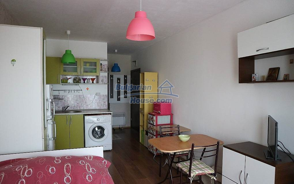 12853:2 - Brilliant studio apartment for sale fully Furnished low price