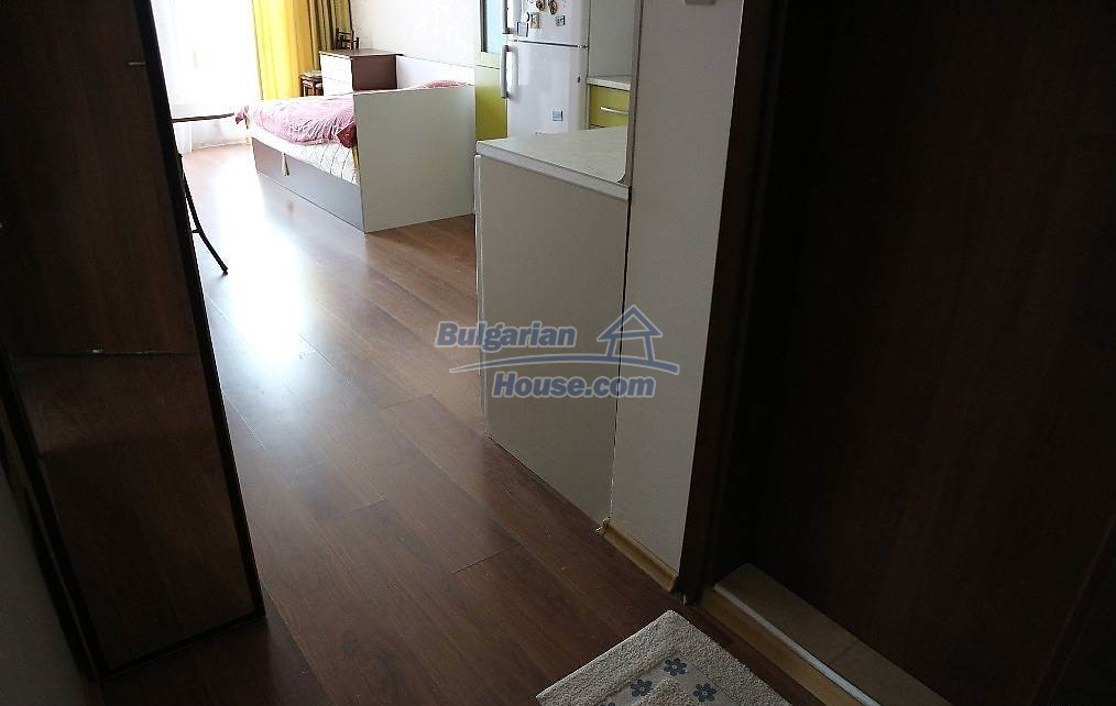 12853:28 - Brilliant studio apartment for sale fully Furnished low price