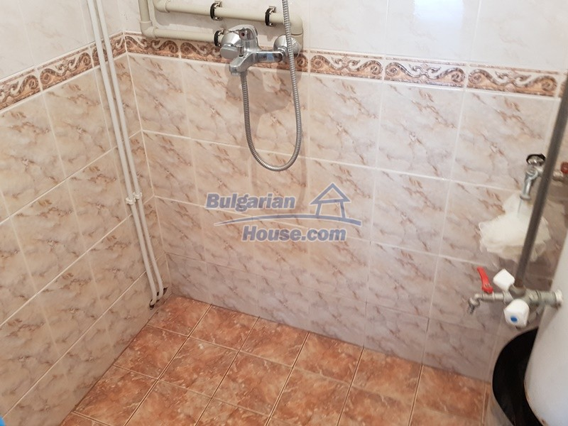 12859:23 - Excellent traditional Bulgarian property next to river VT area