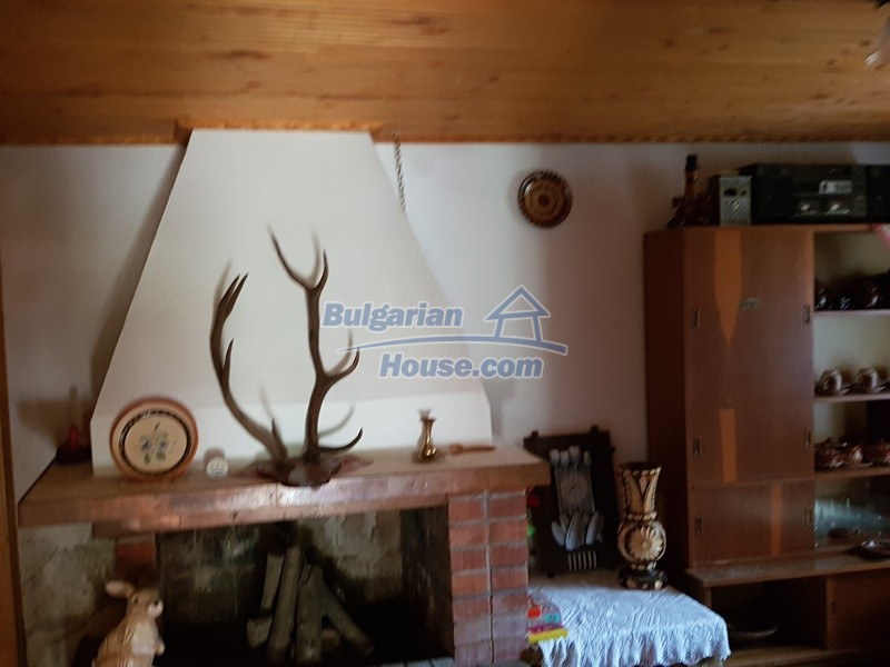 12859:34 - Excellent traditional Bulgarian property next to river VT area