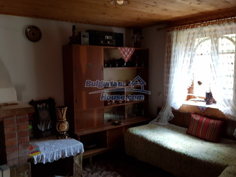 12859:31 - Excellent traditional Bulgarian property next to river VT area