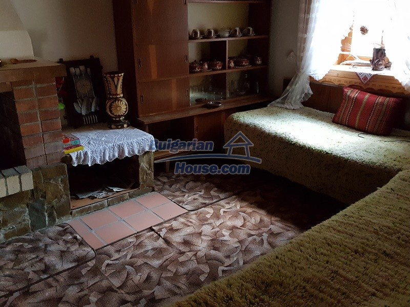 12859:32 - Excellent traditional Bulgarian property next to river VT area