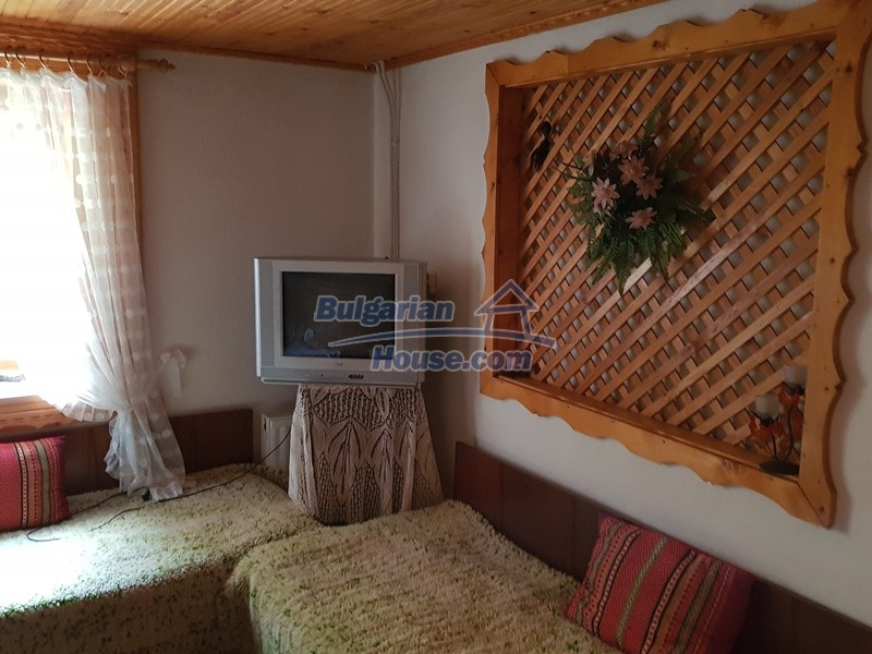 12859:35 - Excellent traditional Bulgarian property next to river VT area