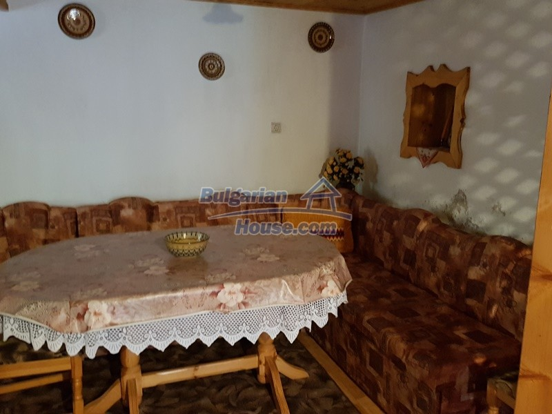 12859:40 - Excellent traditional Bulgarian property next to river VT area