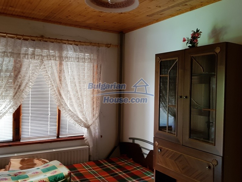 12859:49 - Excellent traditional Bulgarian property next to river VT area