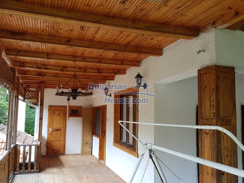 12859:95 - Excellent traditional Bulgarian property next to river VT area