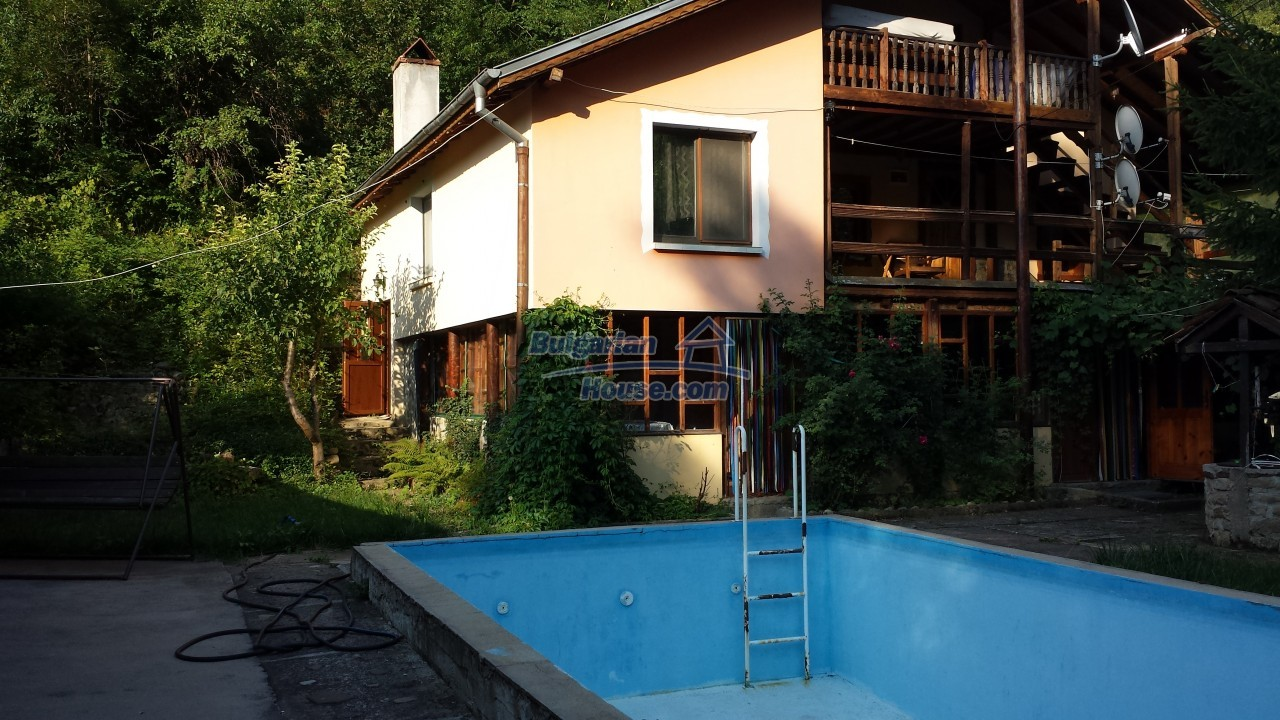 12860:2 - House with swimming pool 50 km from Veliko Tarnovo 7 bedrooms
