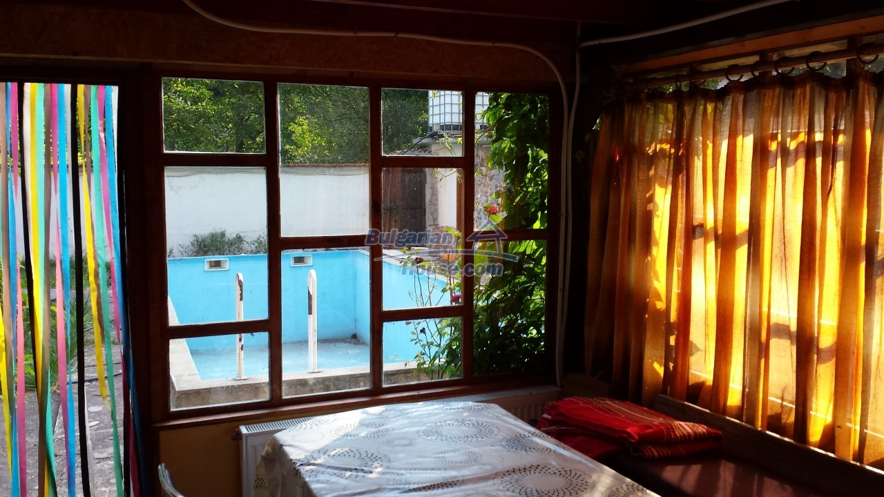 12860:8 - House with swimming pool 50 km from Veliko Tarnovo 7 bedrooms