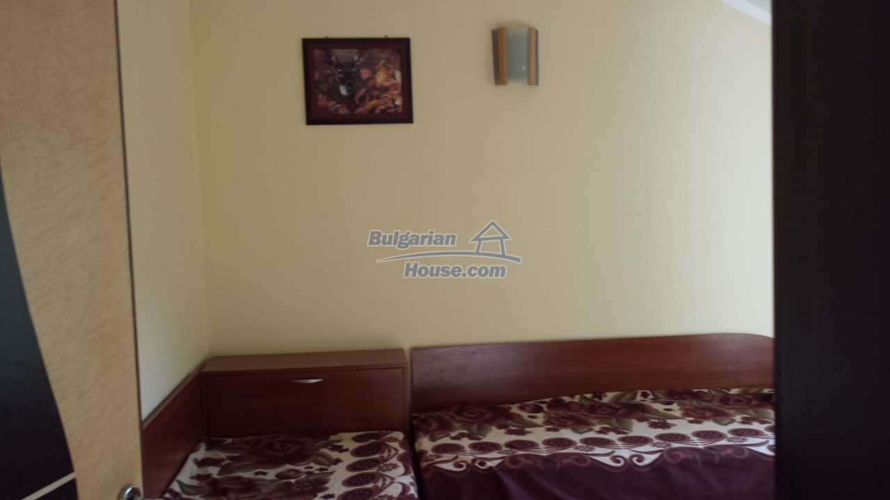 12860:62 - House with swimming pool 50 km from Veliko Tarnovo 7 bedrooms