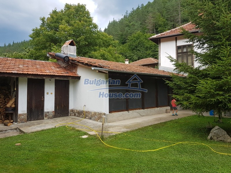 12861:6 - House for sale next to river in forest  50km to Veliko Tarnovo