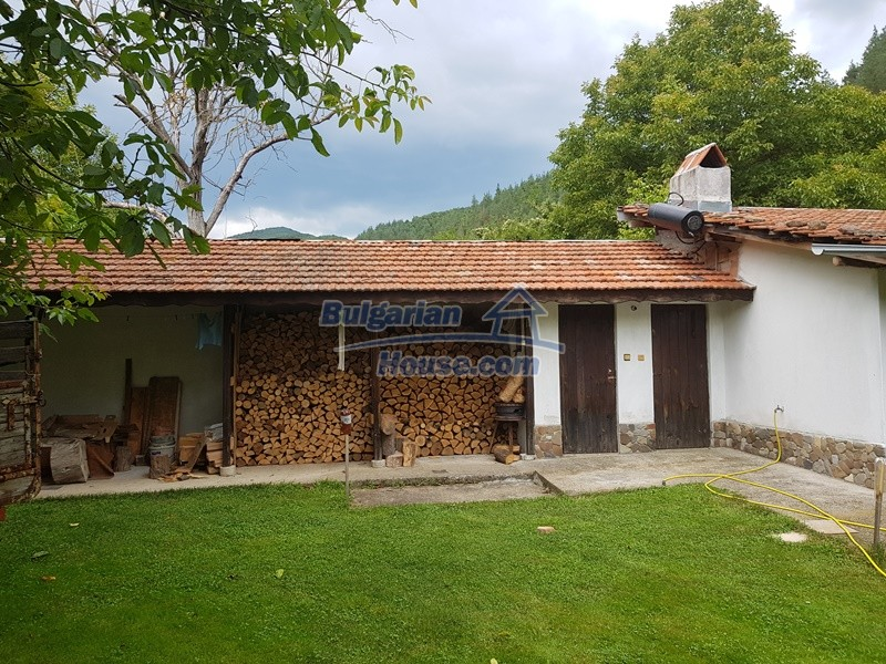 12861:7 - House for sale next to river in forest  50km to Veliko Tarnovo