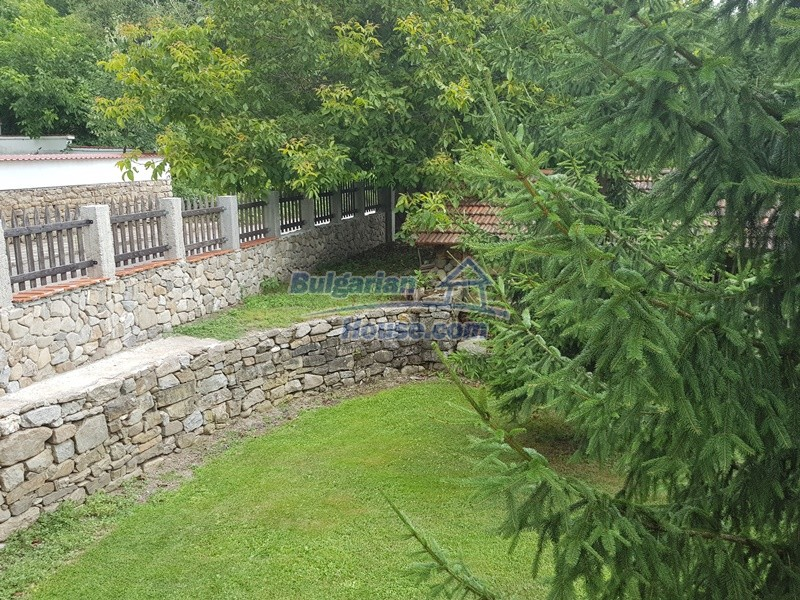 12861:21 - House for sale next to river in forest  50km to Veliko Tarnovo